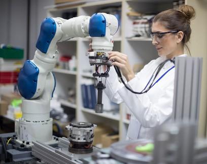 Tecnologia e natureza: simbioses para futuros regenerativos