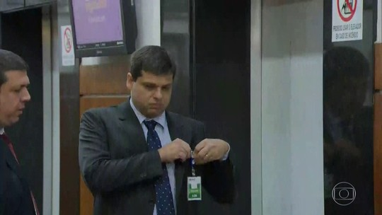 Ministério Público apresenta denúncia contra o ex-procurador Marcello Miller e o empresário Joesley Batista