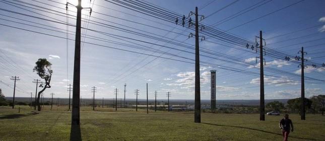 Na foto, linhas de energia elétrica no Noroeste em Brasília