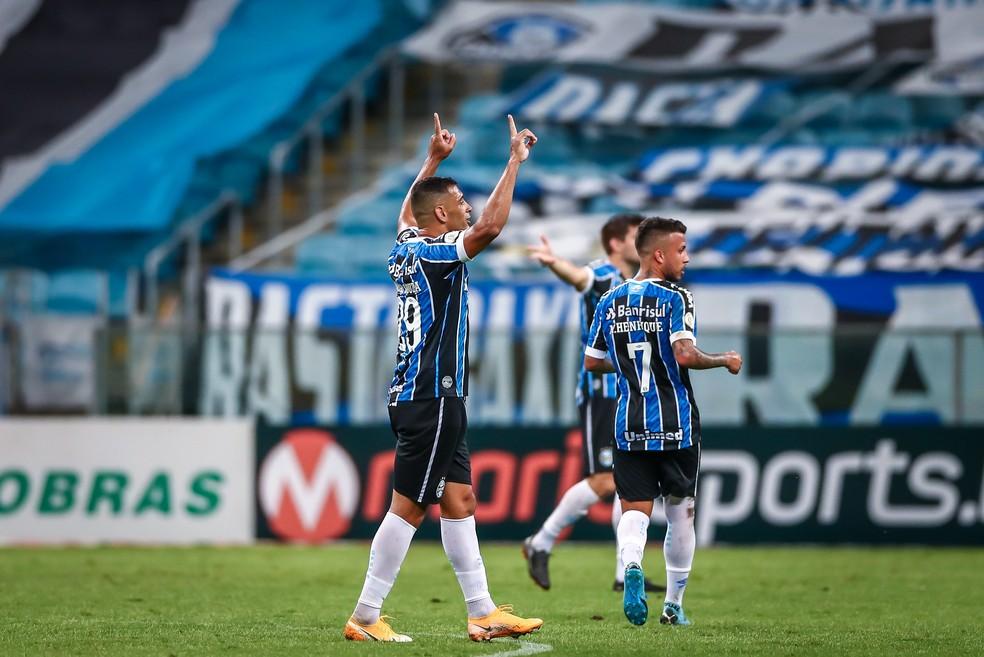 Diego Souza comemora gol do Grêmio contra o Bahia — Foto: Lucas Uebel/DVG/Grêmio