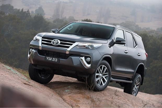 Recall: Toyota convoca quase 380 mil carros por defeito nos airbags da Takata