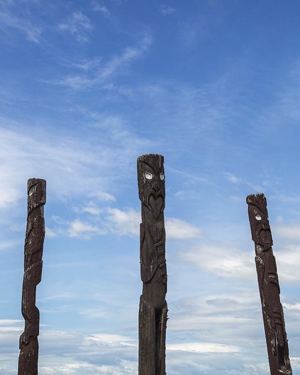 Heranças da tribo Maori, primeiros habitantesda Nova Zelândia (Foto: Rogério Voltan)