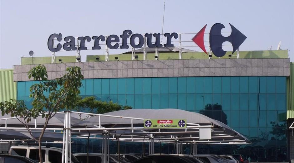 Ambev cobra Carrefour por morte de homem negro em unidade da rede (Foto: Wikimedia Commons)