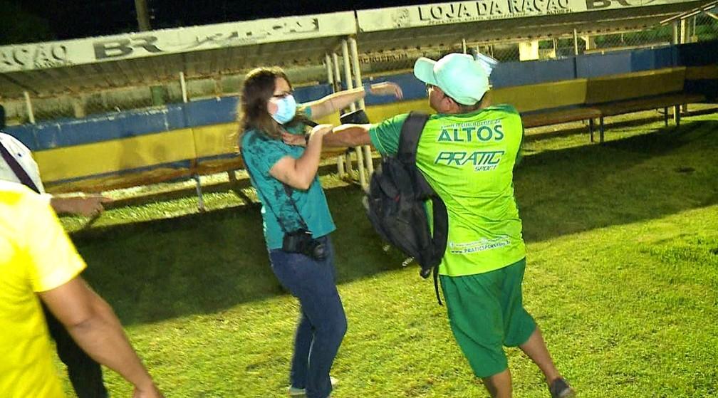 Agressão jornalista, Emanuele Madeira, Altos — Foto: Gustavo Cavalcante/TV Clube