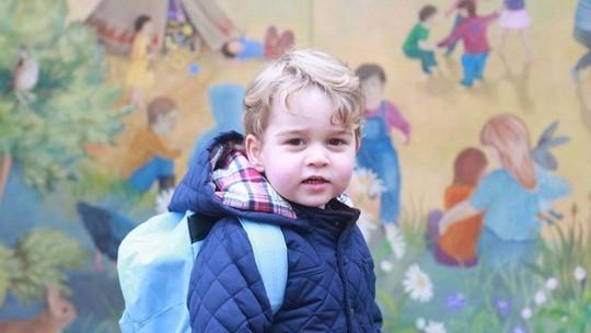 Príncipe George completa 4 anos; veja vídeo