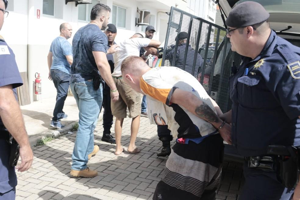 Resultado de imagem para Polícia recaptura 517 presos que fugiram de três presídios paulistas