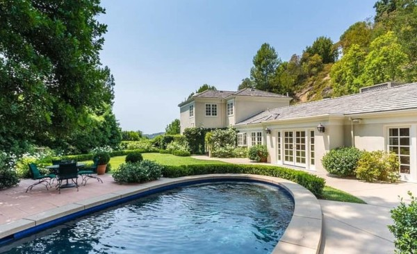 Nova casa de hóspedes de Katy Perry em Los Angeles (Foto: Imobiliária MLS)