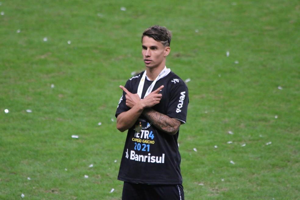 Ferreira comemora título gaúcho do Grêmio — Foto: Eduardo Moura
