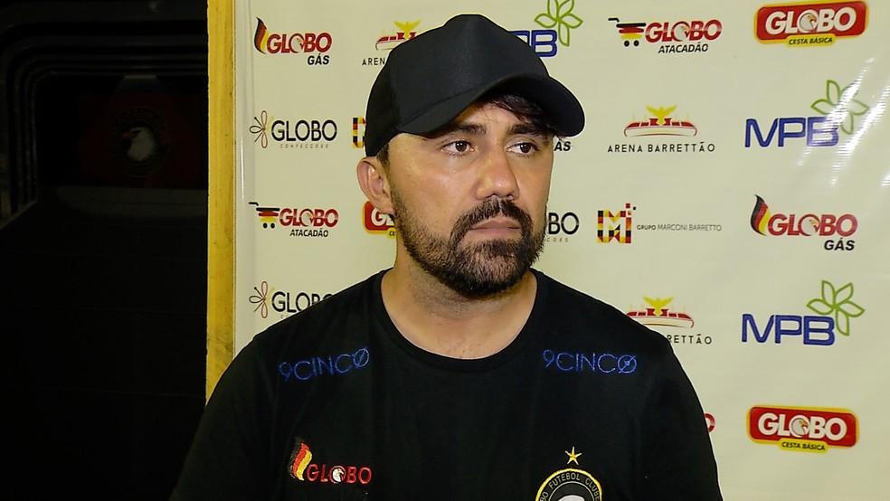 Luizinho Lopes gostou do poder de reação da equipe no duelo (Foto: Reprodução)