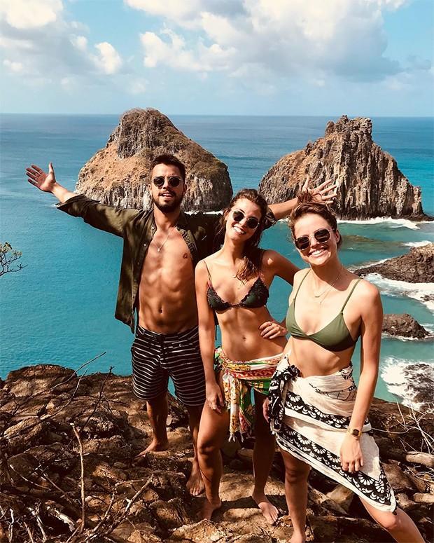 Rodrigo Simas, Agatha Moreira e Juliana Alves (Foto: Reprodução/Instagram)