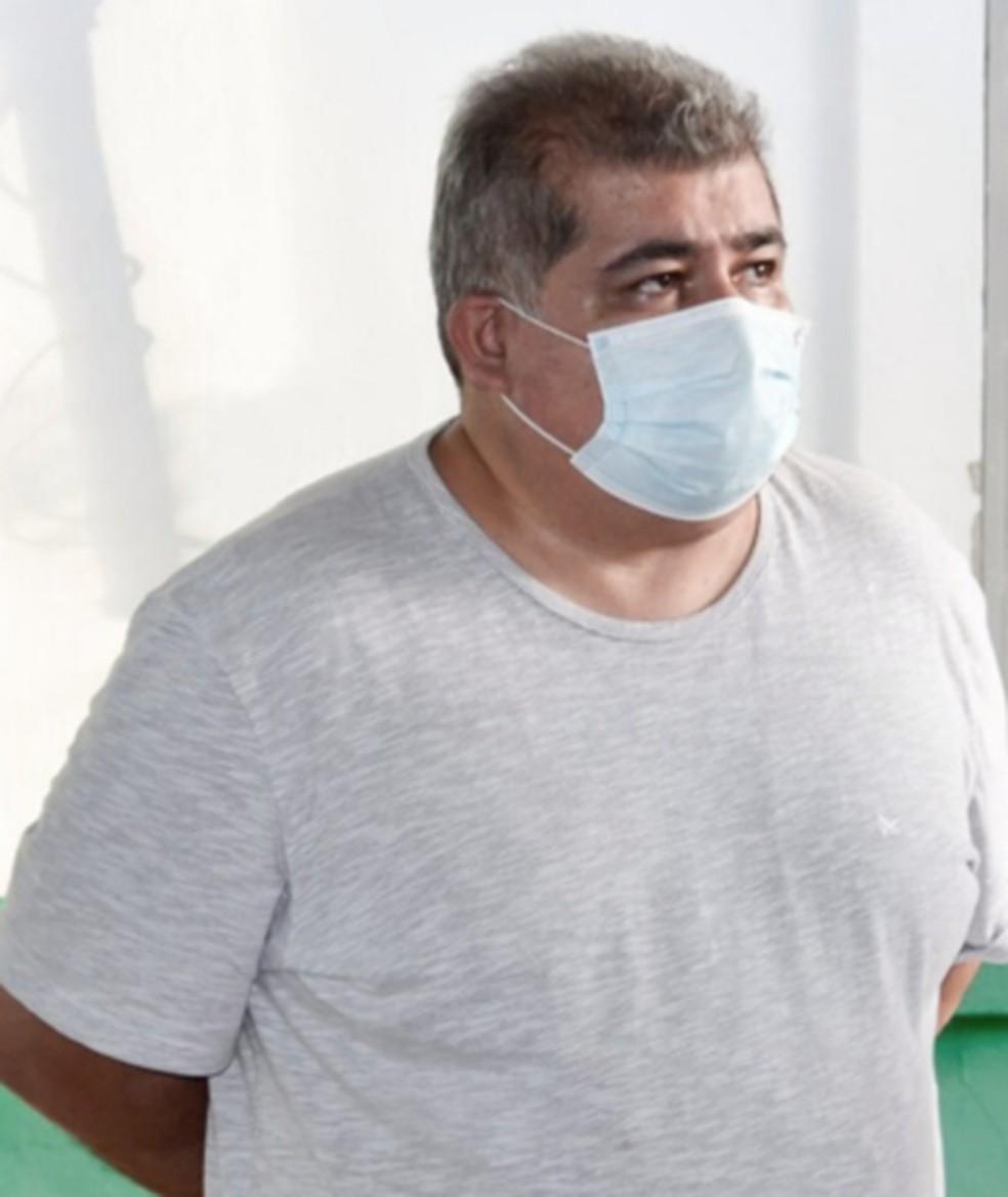 Médico oncologista Guido Vaca Cespedes, de 56 anos, foi o responsável técnico pela criação do 'kit Covid' — Foto: Divulgação