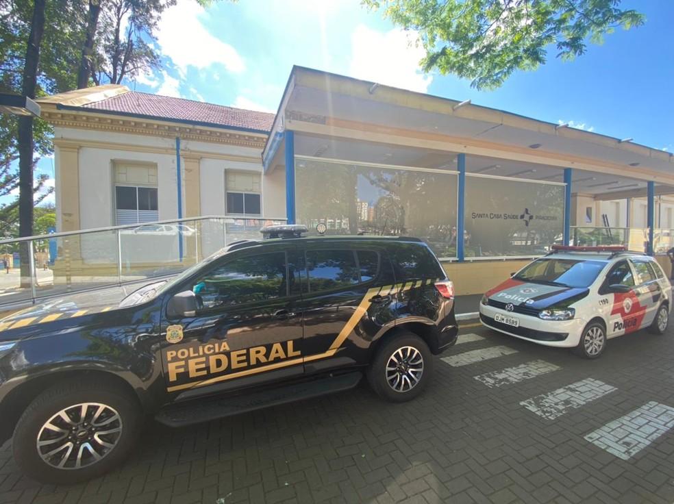 Suspeitos de ataques em Araçatuba presos em Piracicaba estão internados sob escolta na Santa Casa da cidade — Foto: Felipe Boldrini/ EPTV