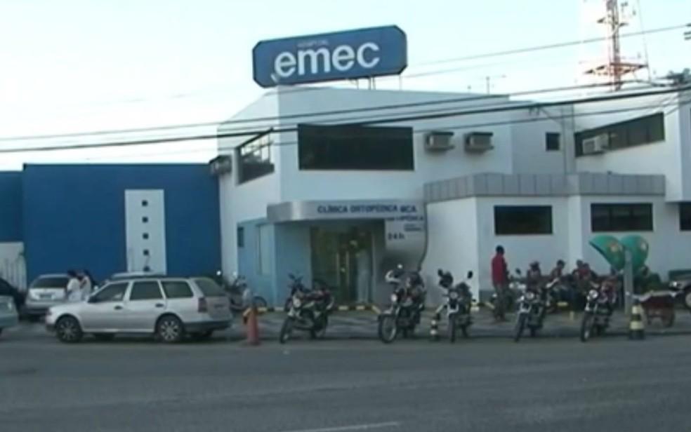 Hospital Emec, em Feira de Santana (Foto: Reprodução/TV Bahia)