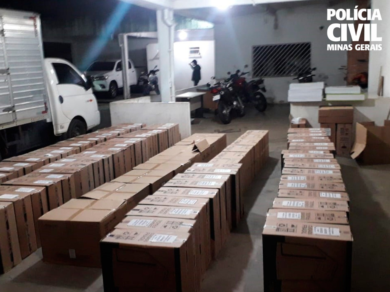 Polícia recupera carga de produtos de informática avaliada em R$100 mil na Grande BH