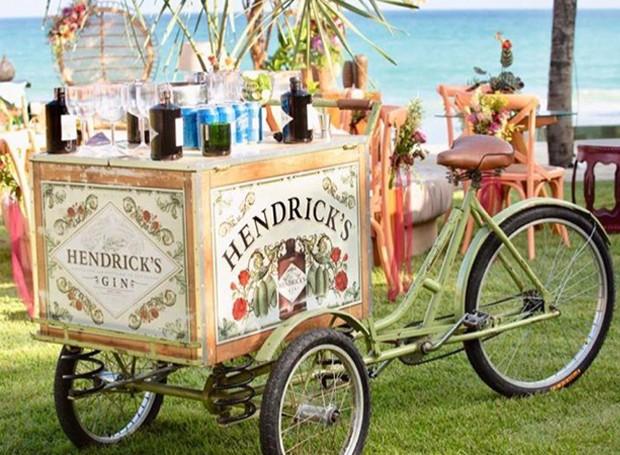 Bicicleta de gin (Foto: Instagram/ Reprodução)