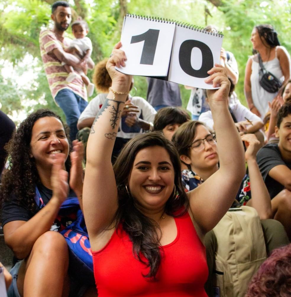 Jurada durante o Slam das Minas do Rio Grande do Sul — Foto: Olho Mágico - projeto fotográfico/divulgação