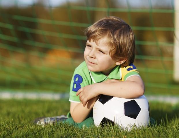 Brasil; menino; futebol (Foto: Thinkstock)