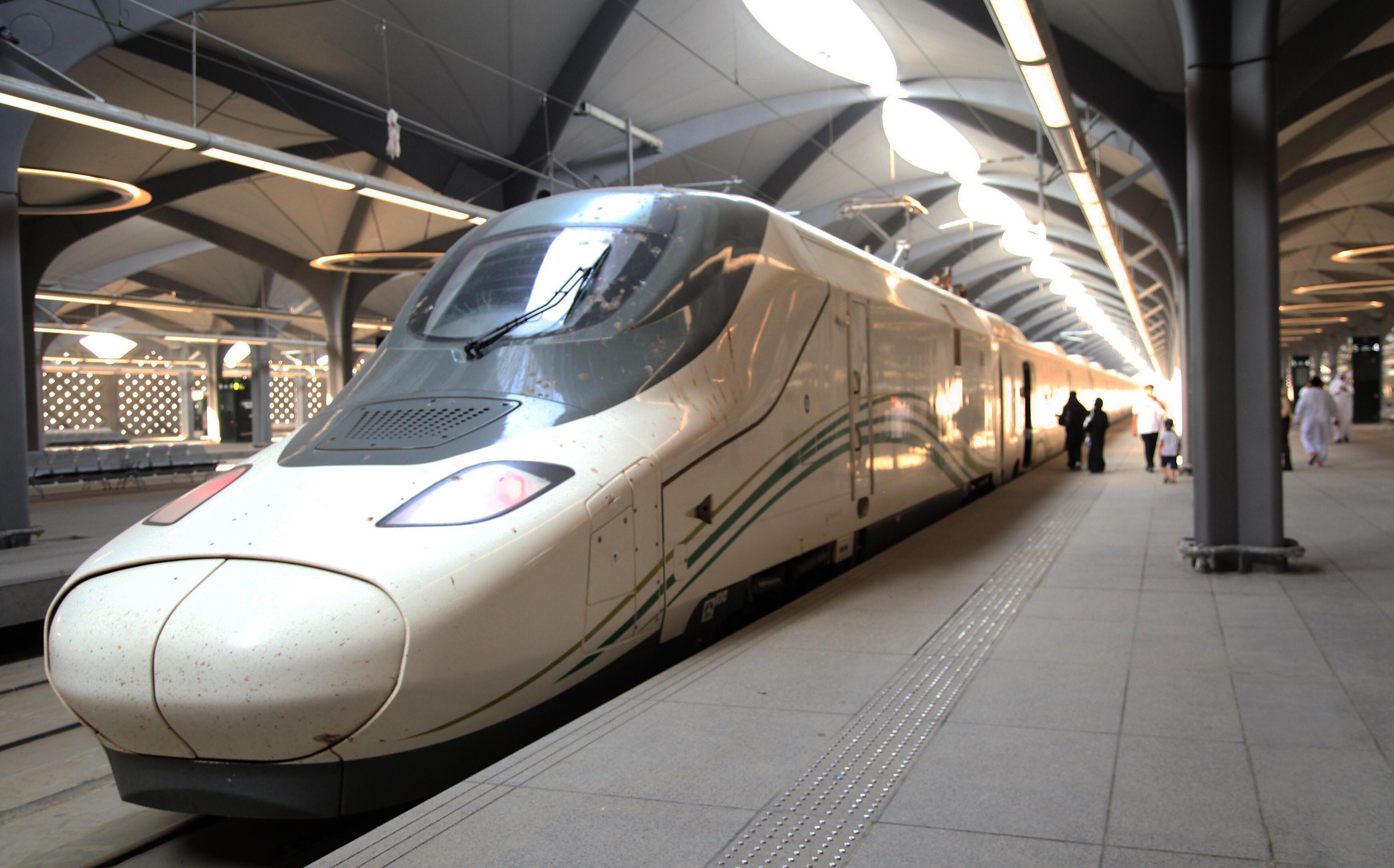 Arábia Saudita inaugura trem de alta velocidade entre Meca e Medina