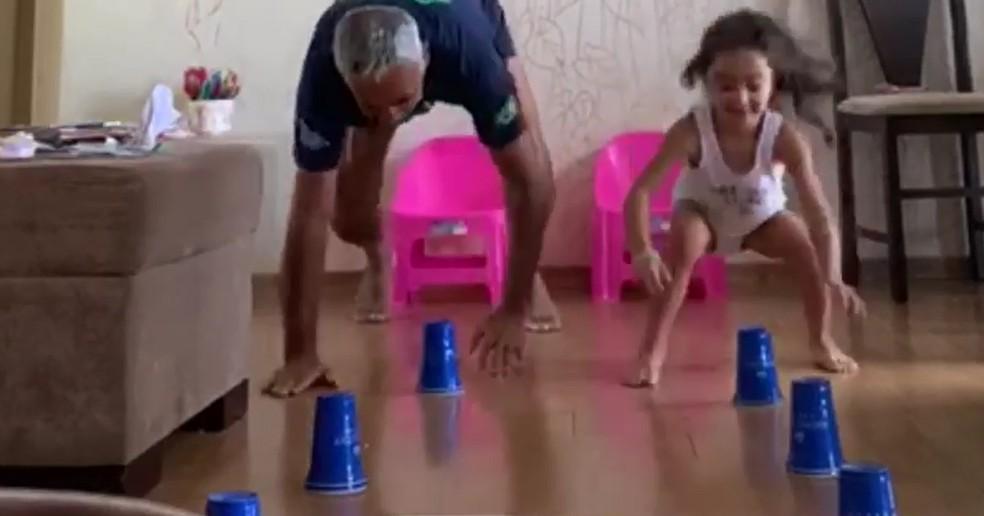 Dicas para os pais: exercícios e brincadeiras para crianças | Fique em Casa  | G1