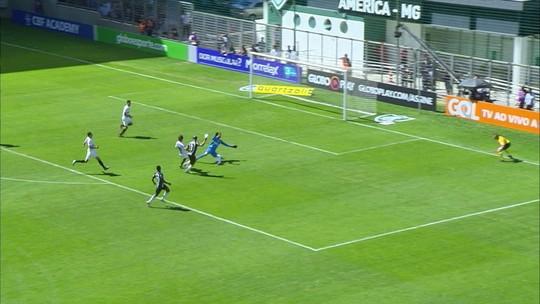 """Santos falha nos três gols do Atlético-MG. """"Entregamos a bola"""", lamenta Dodô"""