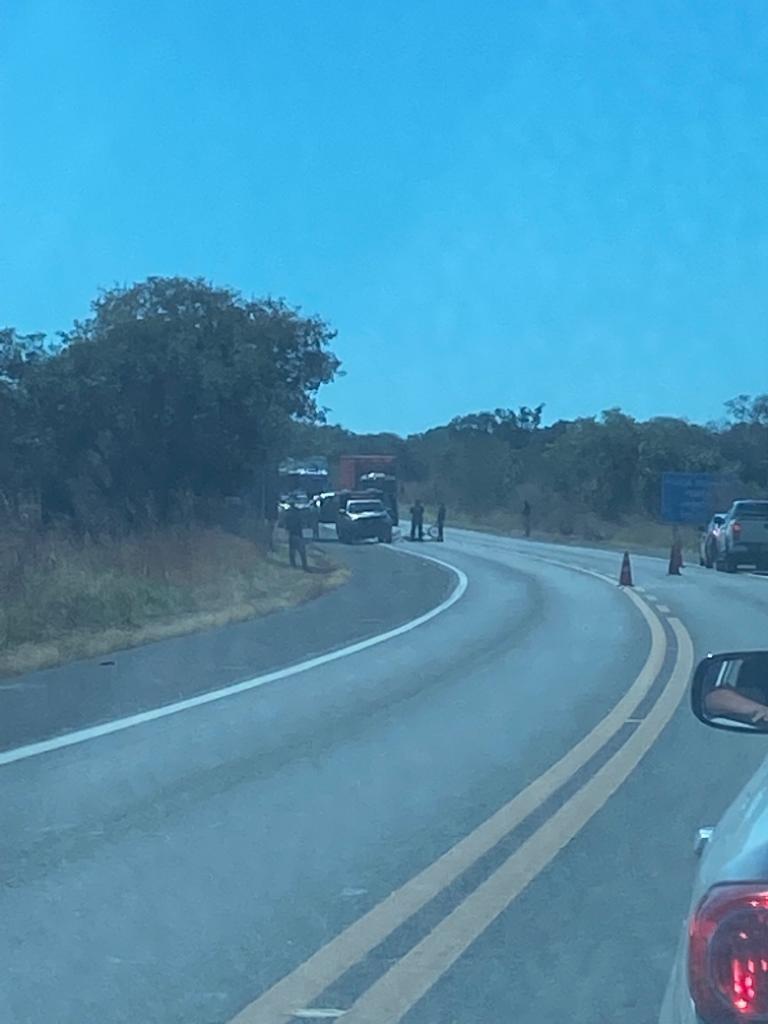 Ciclista de 77 anos morre após ser atropelado na BR-343, em Altos