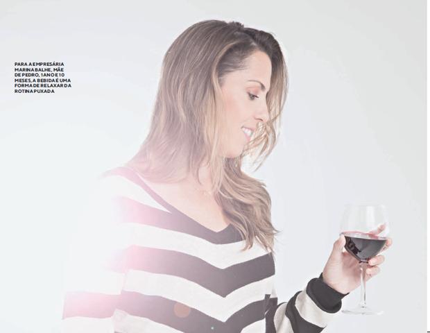 Para a empresária Marina Balhe, mãe de Pedro, 1 ano e 10 meses, a bebida é uma forma de relaxar da rotina puxada (Foto: Eduardo Svezia/Editora Globo)