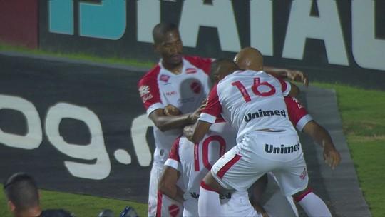 Alan Mineiro quebra jejum de quase cinco meses sem gol e exalta vitória do Vila Nova