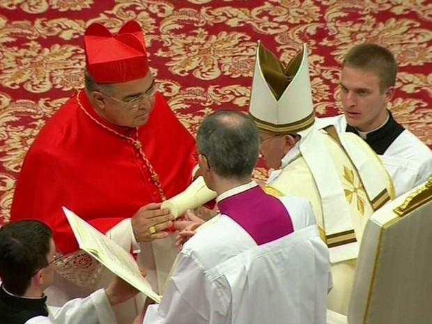 Papa nomeia o brasileiro D. Orani Tempesta como cardeal (Foto: Reprodução Globo News)