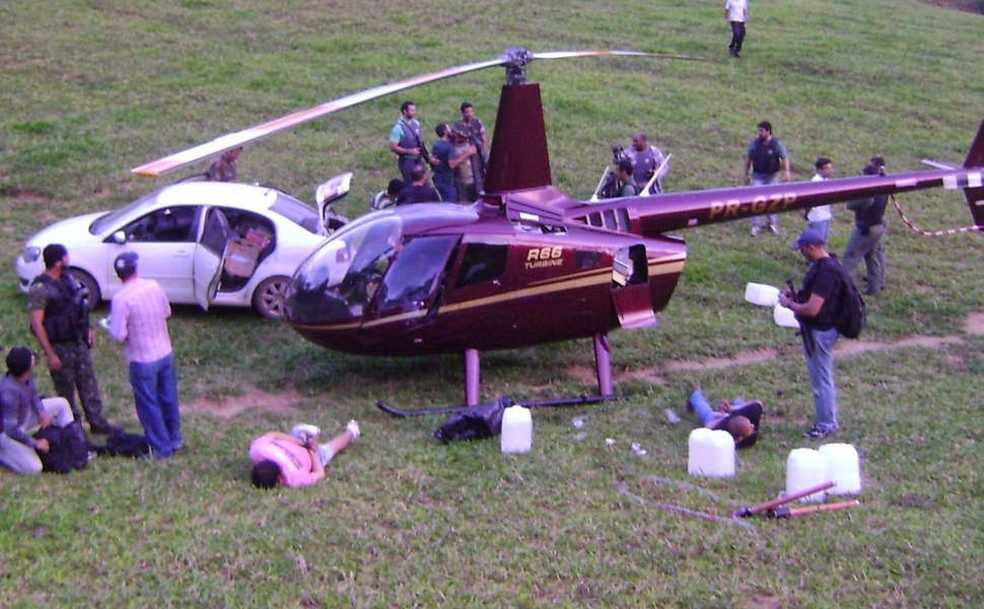 Helicóptero da família Perrella (Foto: Reprodução/ TV Gazeta)