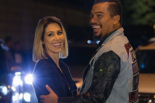 Bella Falconi e Bruno Cardoso, vocalista do Sorriso Maroto (Foto: Vitor Branco/Divulgação)