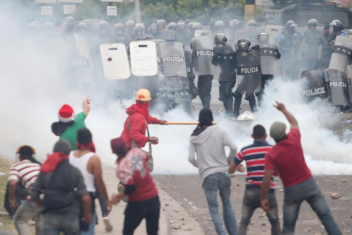 Em meio à crise eleitoral, Honduras decreta estado de exceção e toque de recolher