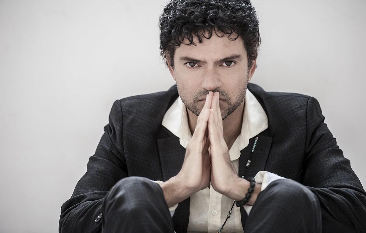 Jorge Vercillo canta sucessos de sua carreira em live solidária