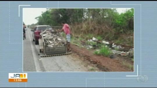 Motorista é flagrado descartando lixo nas margens de rodovia estadual