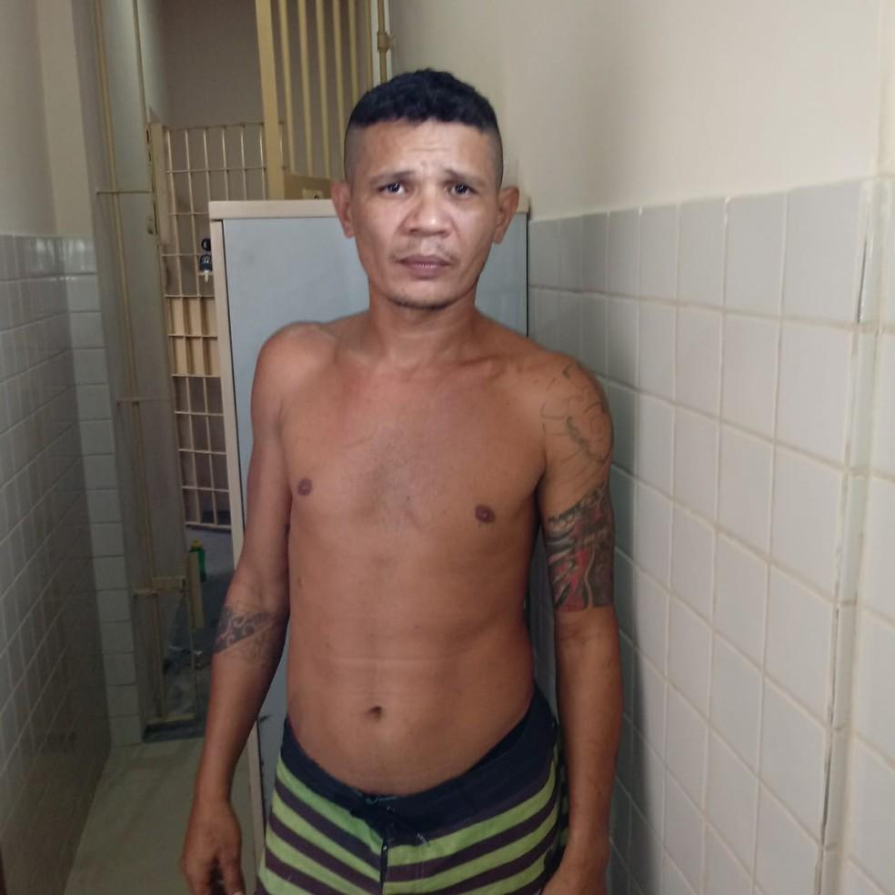 Em 2018, Adriano Oziel Siqueira Correa foi preso no Pará, foragido por homicídio no Amapá — Foto: Polícia Civil/Divulgação