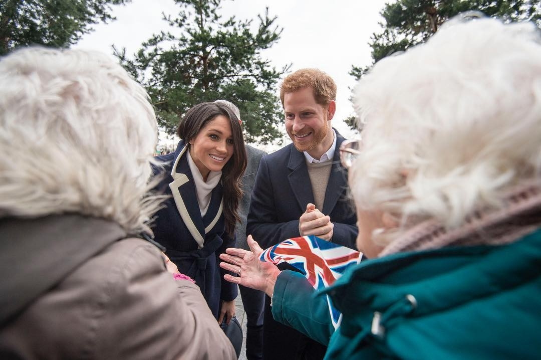 Meghan Markle e Príncipe Harry em Birmingham (Foto: Reprodução/Instagram)