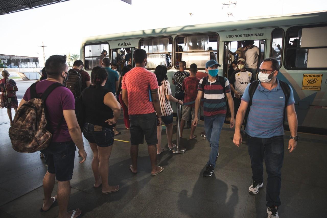 Ônibus devem voltar a operar com 100% da frota em Fortaleza, diz prefeitura