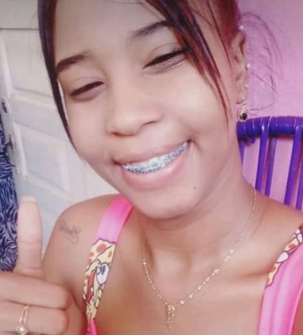 Corpo de mulher morta a tiros é encontrado às margens da BA-555, no sudoeste da Bahia — Foto: Arquivo Pessoal