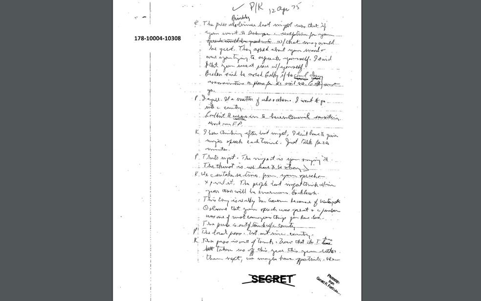 Nota manuscrita dos arquivos da CIA sobre o caso JFK, divulgada em 26 de outubro (Foto: Reprodução/National Archives)