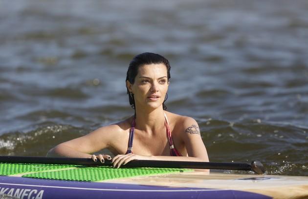 Além do esporte, Mayana Neiva é adepta da meditação (Foto: Ana Branco)