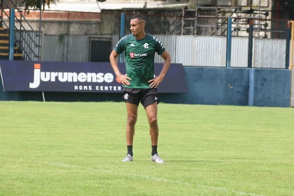 Artilheiro azulino Salatiel está à disposição para a estreia na Copa Verde — Foto: Sandro Galtran/Remo