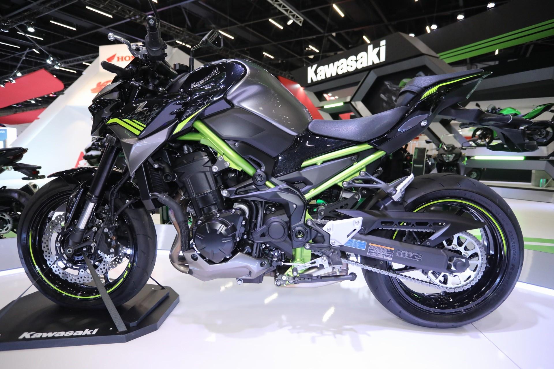 Kawasaki Z900 2021 é lançada no Brasil