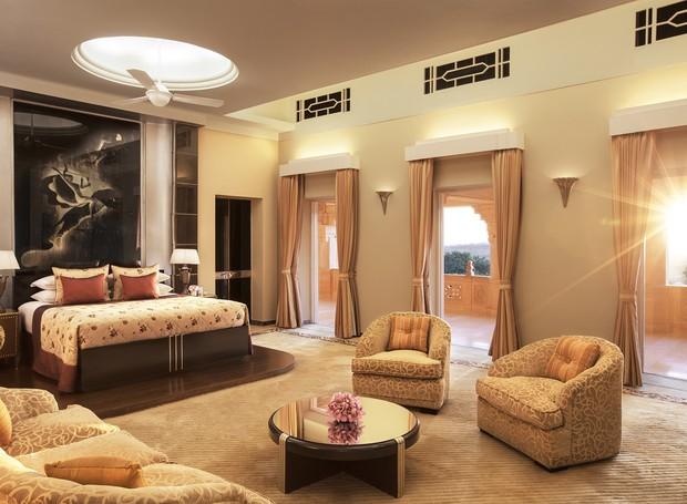 Suíte do hotel Taj Umaid Bhawan ocupam mais de 60 mil metros quadrados (Foto: Taj Hotels/ Reprodução)