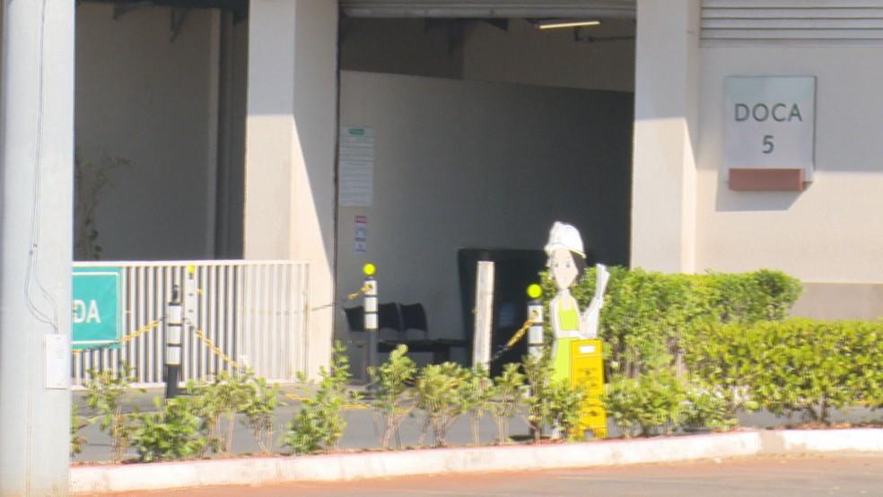 Espaço usado como ponto de apoio para os entregadores no ParkShopping, no DF — Foto: TV Globo/Reprodução