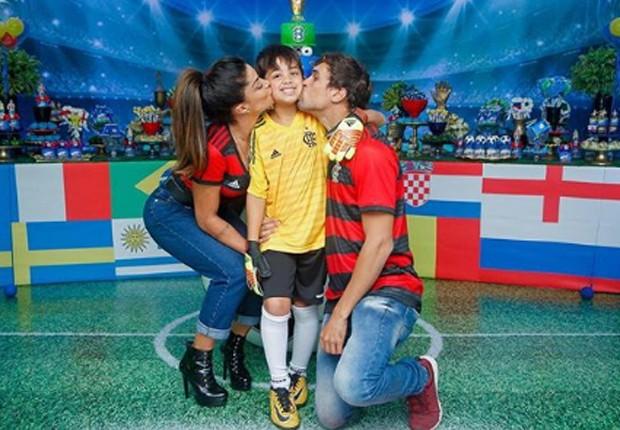 Aline Riscado e Felipe Roque comemoram aniversário de Nathan (Foto: Reprodução/Instagram)