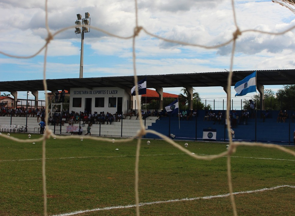 Estádio Pedro Alelaf, Parnaíba  (Foto: Josiel Martins/GloboEsporte.com)