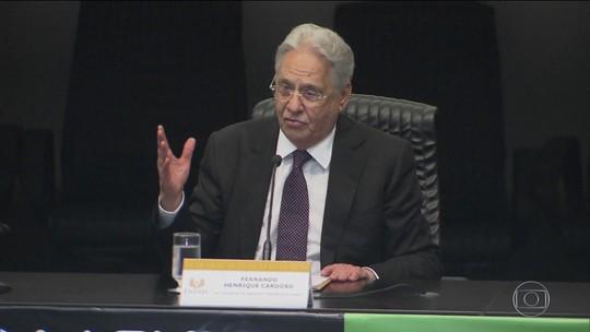 Fernando Henrique lidera movimento de saída dos tucanos do governo