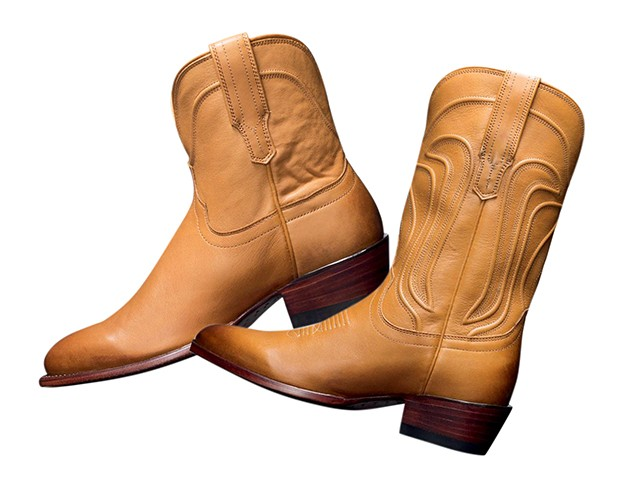 Quer um souvenir original? As botas da @tecovas são feitas à mão e têm  preços honestos (Foto: .)