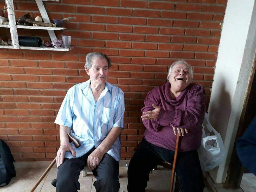 Dona Lena e o marido, de Jarinu, que também foi internado com Covid-19  Foto: Arquivo pessoal
