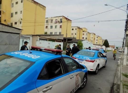 Quatro são presos e dois menores apreendidos durante operação da PM em Resende - Notícias - Plantão Diário