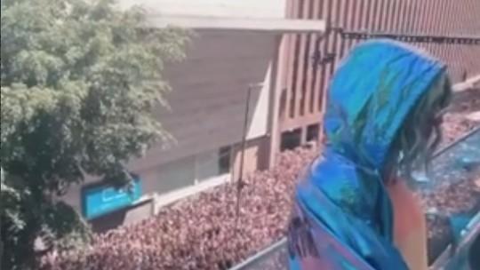 Pabllo Vittar reúne multidão em show para celebrar a diversidade